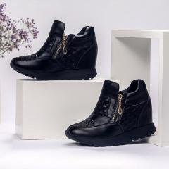 箴美菱格纹内增高保暖牛皮鞋