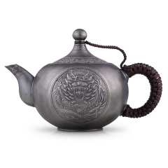 中国白银龙腾如意银壶